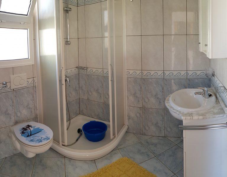 Hauptbadezimmer3_Ferienhaus_C20