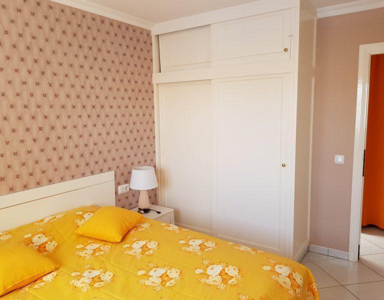 Schrank_Schlafzimmer_Ferienhaus_4_4